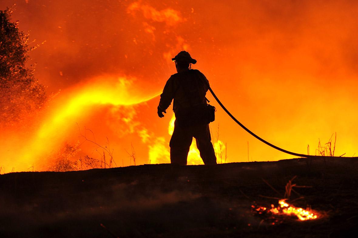 Forest fires rage in drought-stricken northern California ...