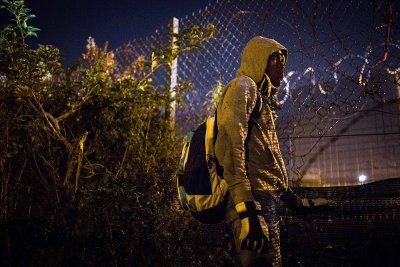 Calais migrants refugees asylum Britain