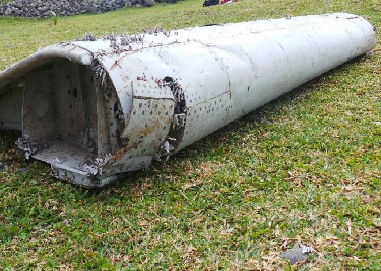 MH370 Boeing 777 Flaperon Reunion Island