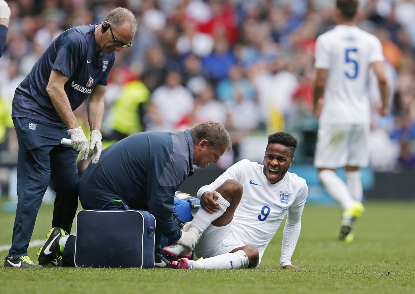 Football injury Raheem Sterling