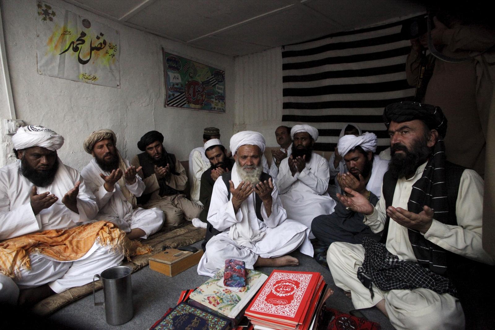 Taliban prayers