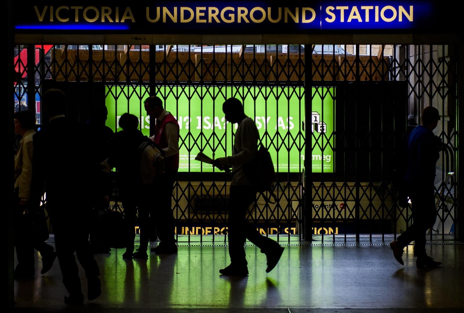 Tube strike talks set to resume