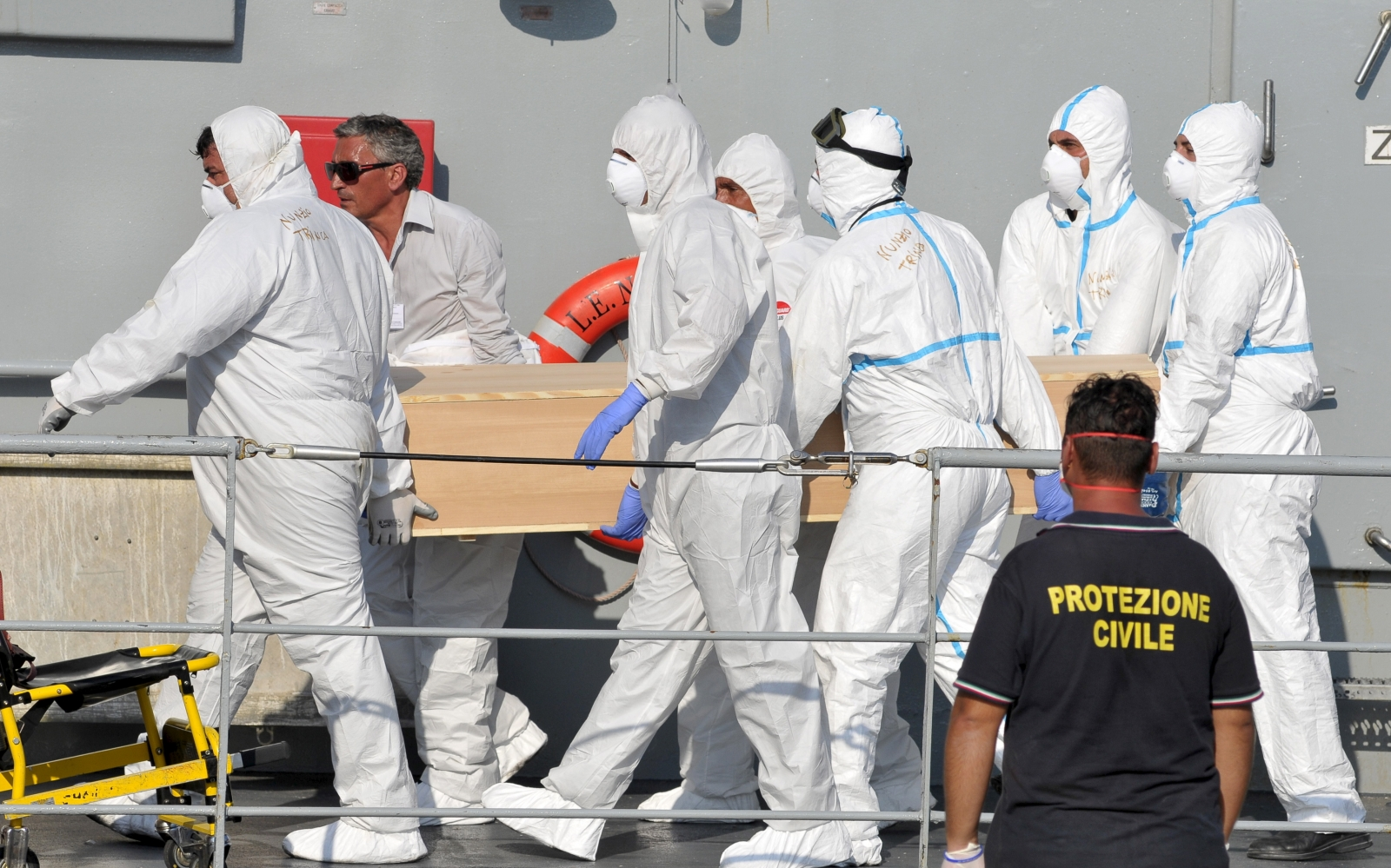Italy human traffickers Mediterranean boat shipwreck