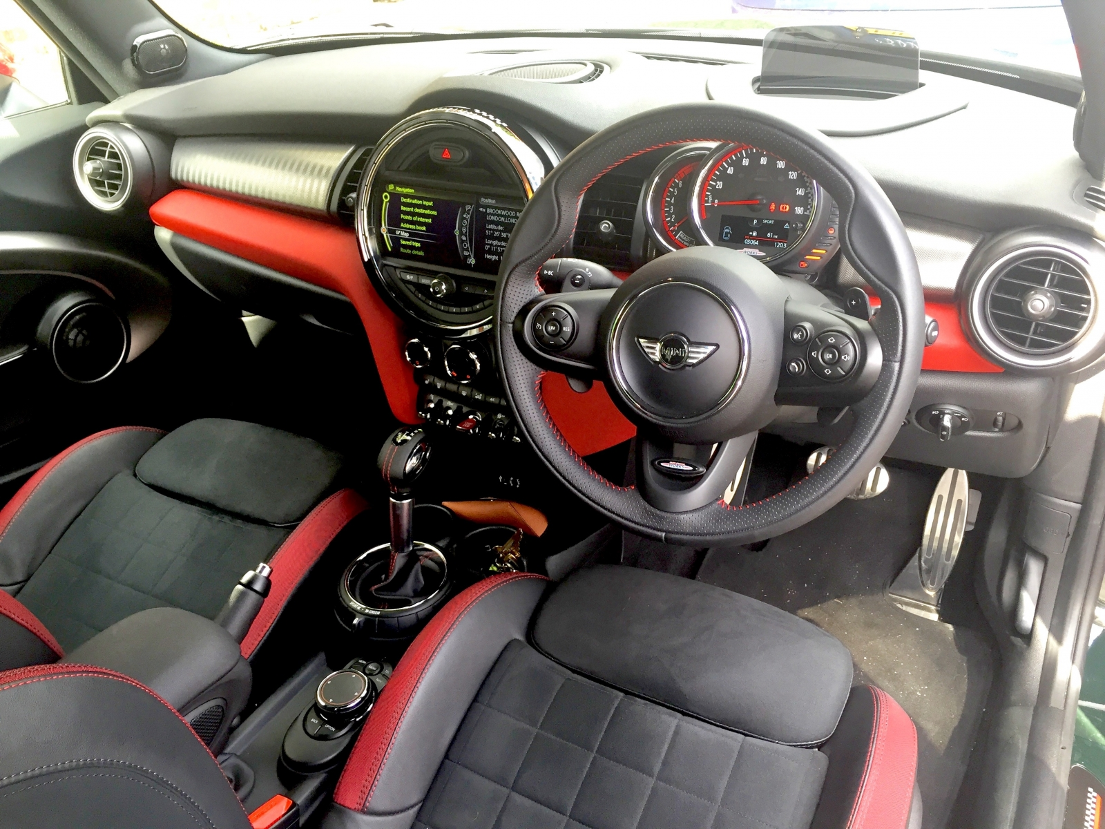 Jcw Mini 2015 Review The Fastest Most Powerful Mini Ever Is Huge
