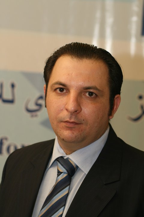Mazen Darwish Syrian activist freed