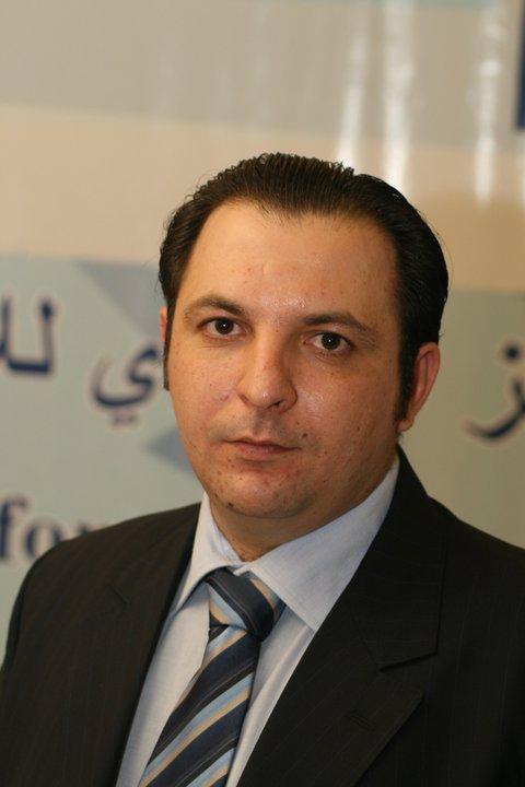 Mazen Darwish Syrian activist freed