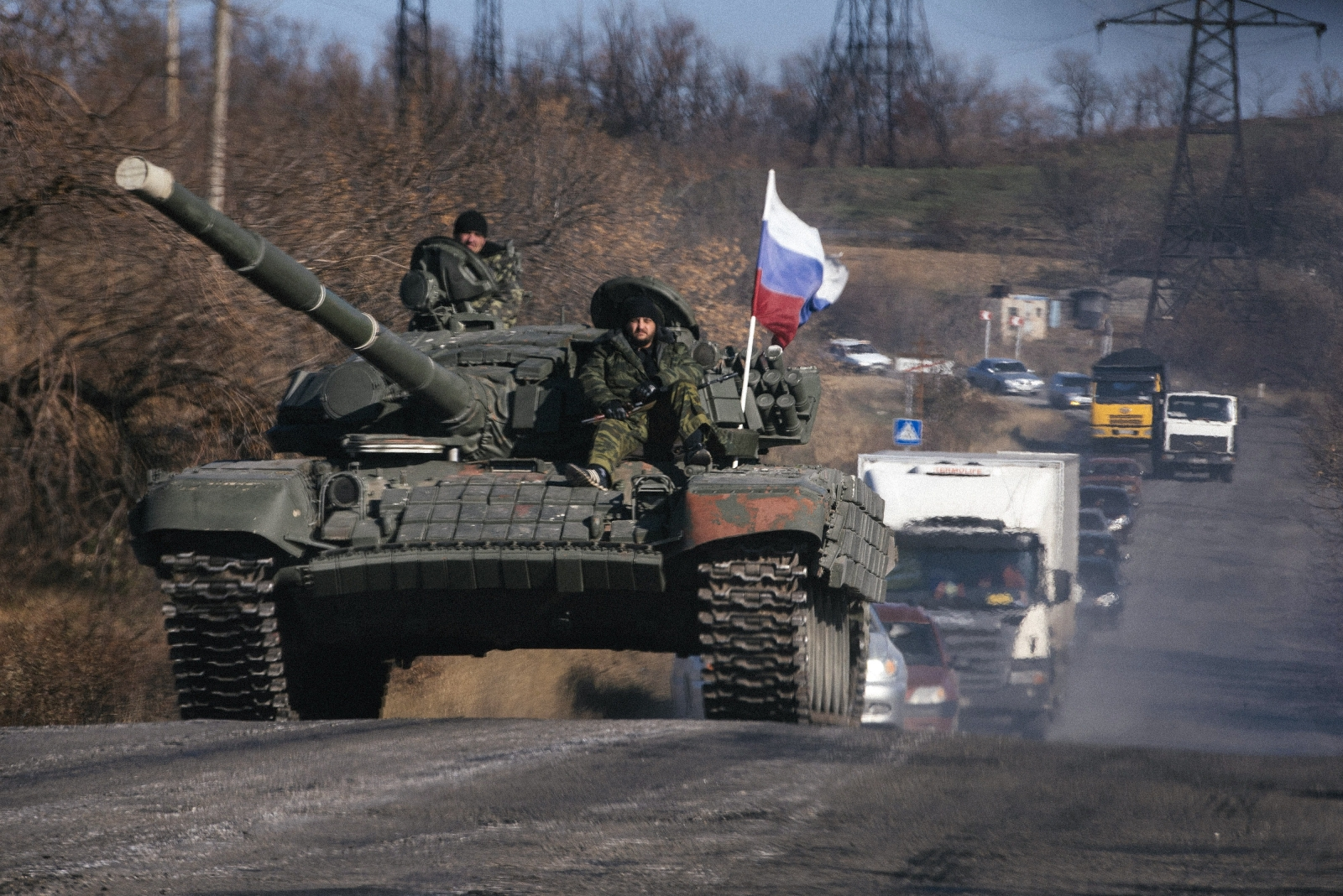 Pro Russian forces in Lugansk, east Ukraine