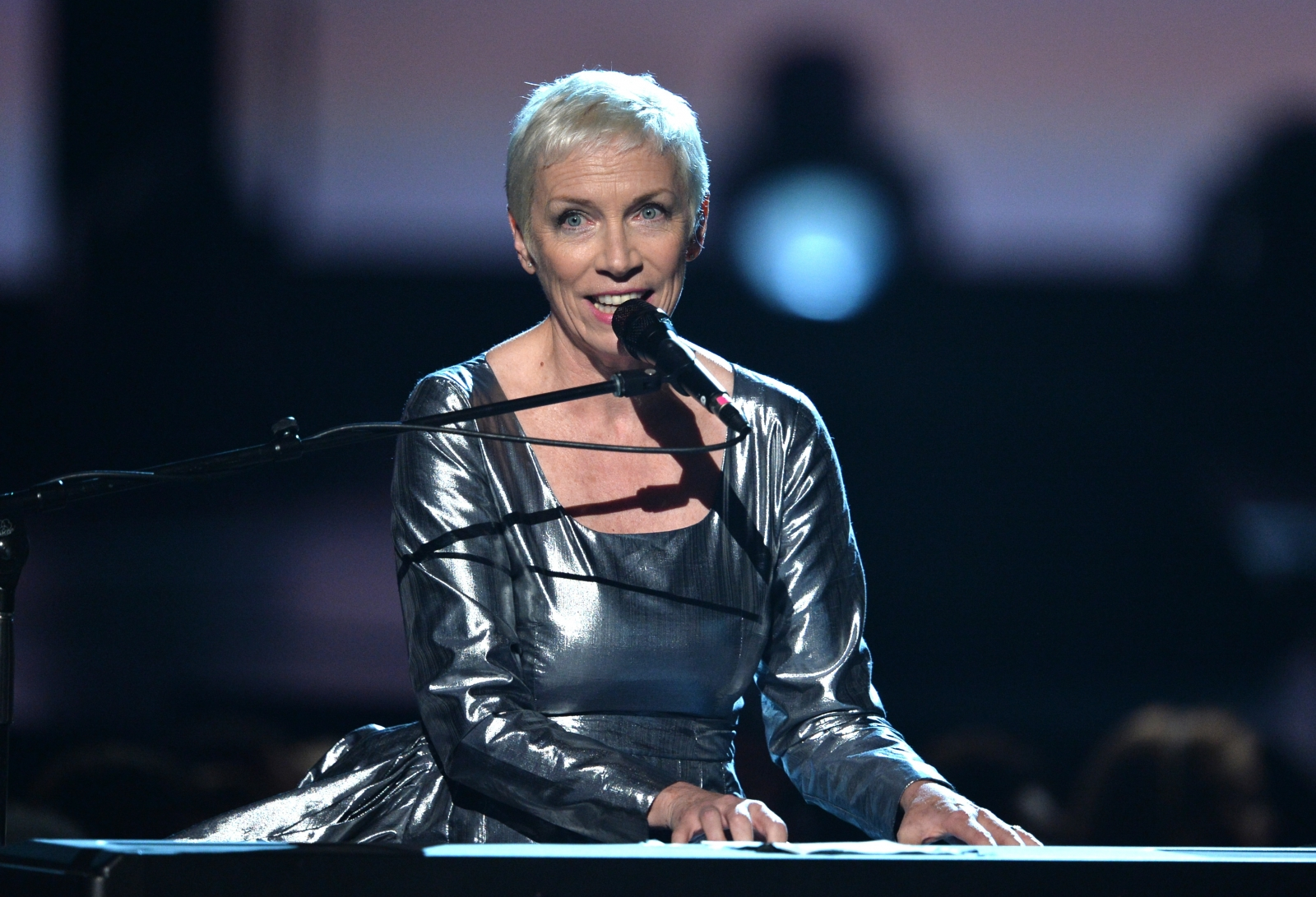 Did Annie Lennox Just Uncover a Scam Aimed at Unsigned Artists?