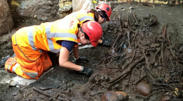 Crossrail burial