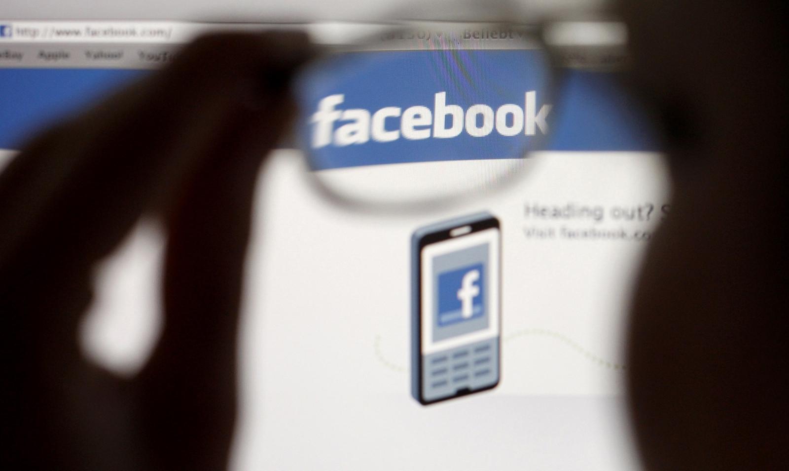 Facebook accessibility iOS Molly Watt