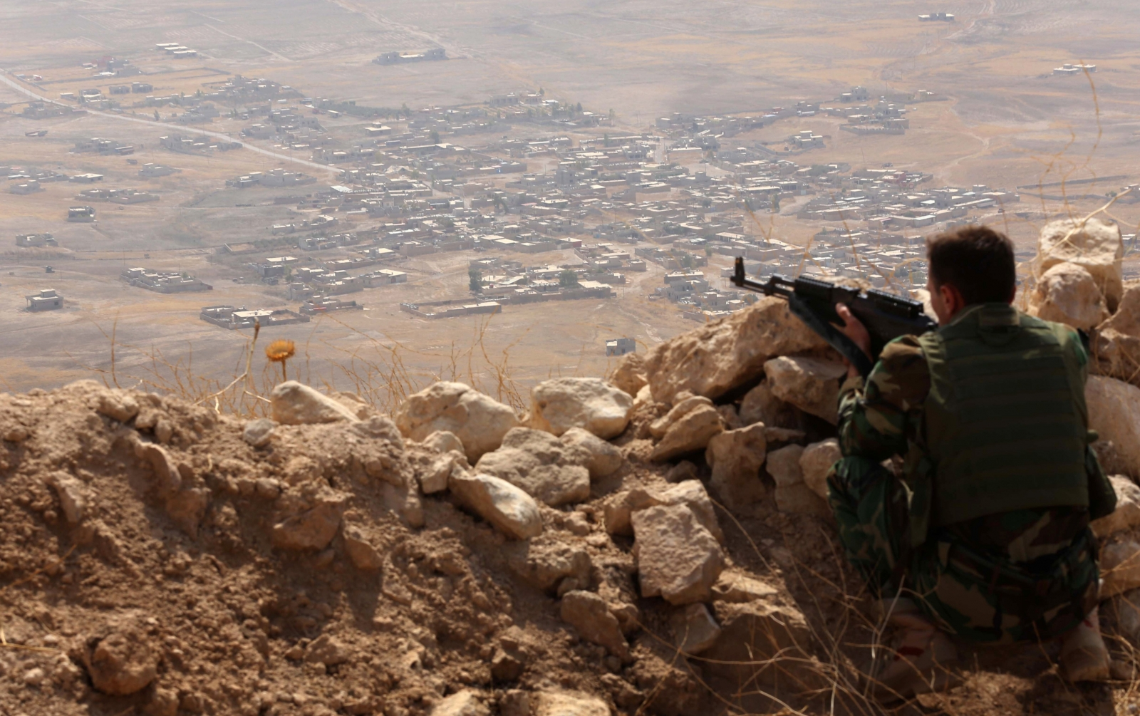 An Iraqi Kurdish Peshmerga fighter