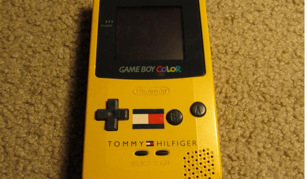 Tommy Hilfiger Gameboy