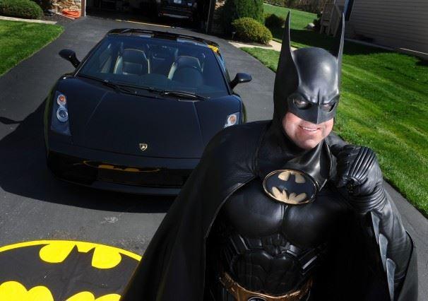Batman impersonator Leonard Robinson