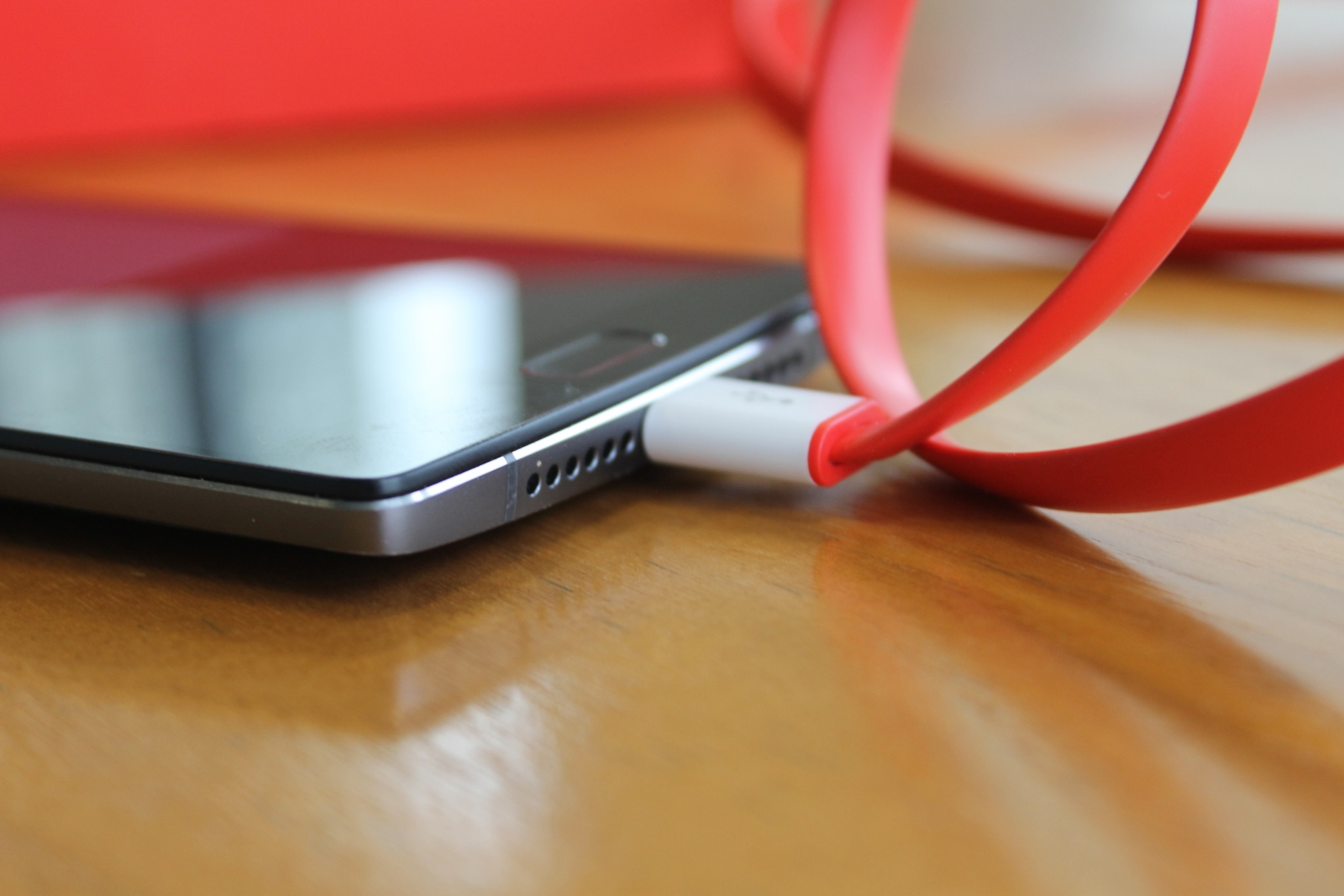 OnePlus 2 Review - USB-C