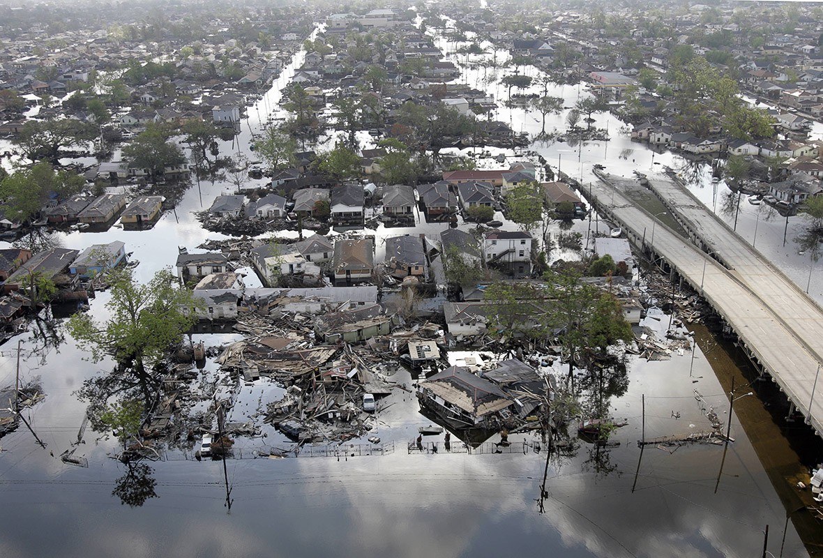 What year katrina hit new orleans