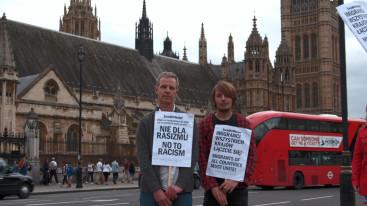 Polish workers strike Westminster