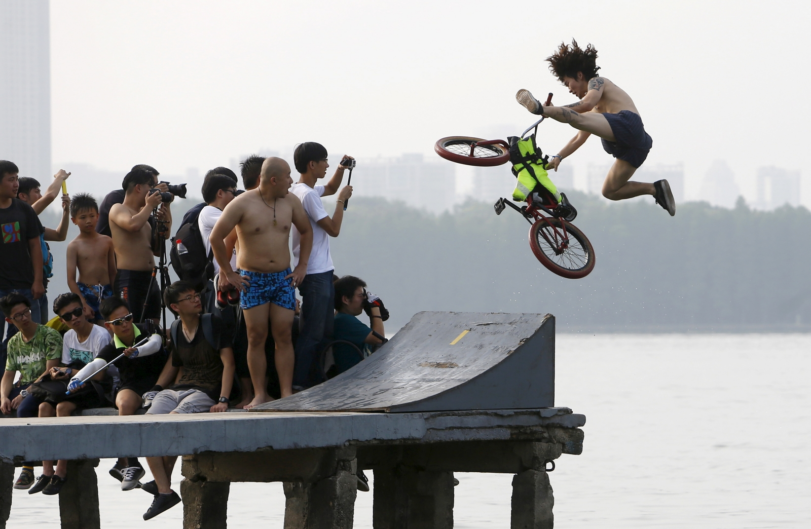 Chinese and extreme sports