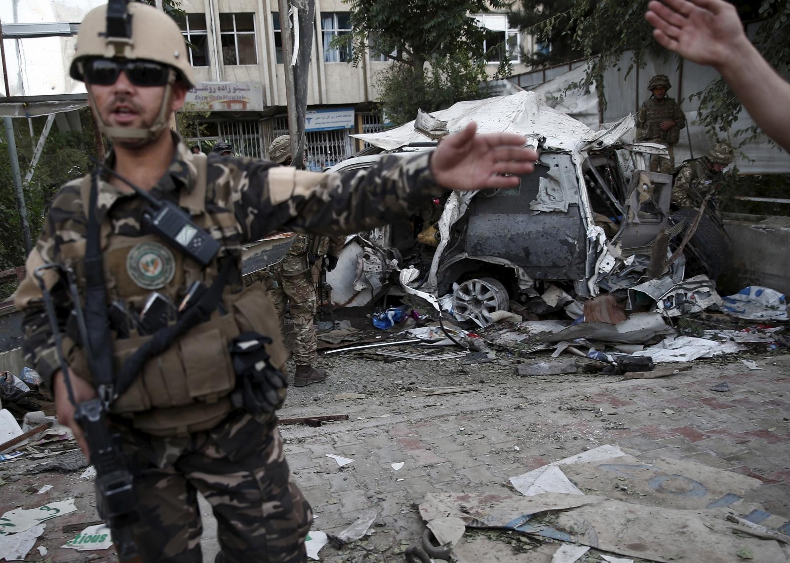 Kabul blast kills twelve