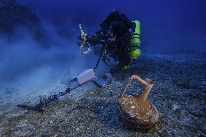 Antikythera wreck greece