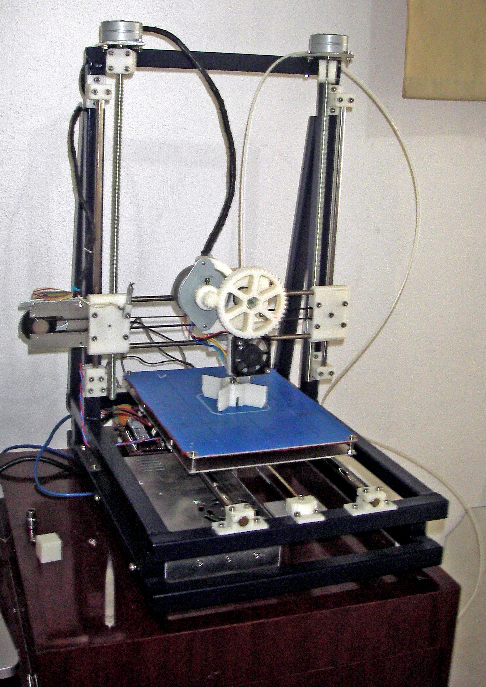 The e-waste 3D printer designed by Techfortrade