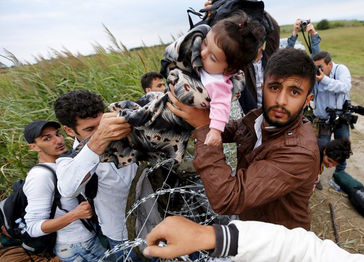 Migrants Hungary EU fence