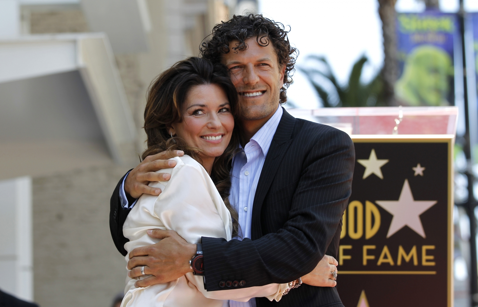 Shania Twain dating Frederic Thiebaud, former husband of ...