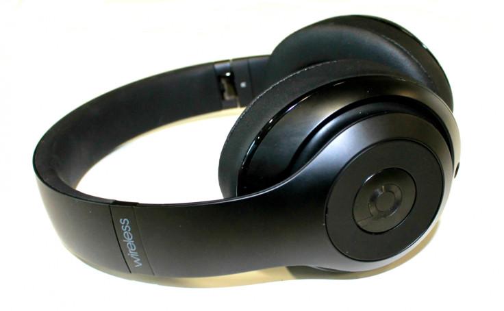 Beats Studio Wireless Bluetooth headphones