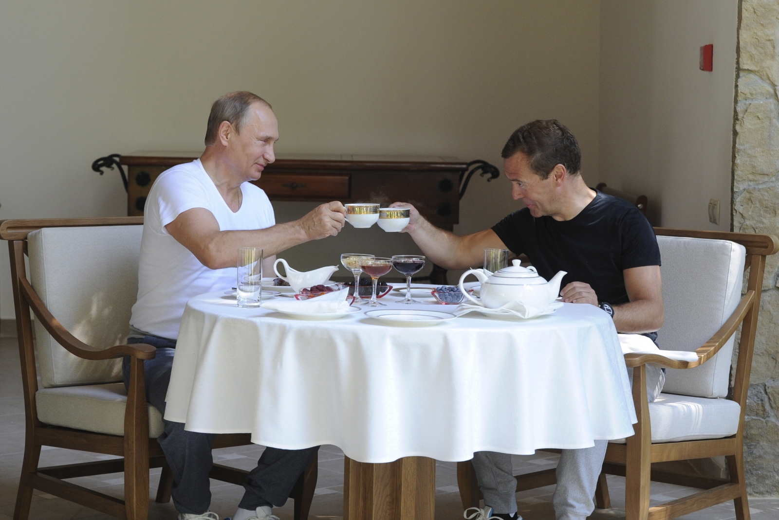 Putin and Medvedev toast their workout
