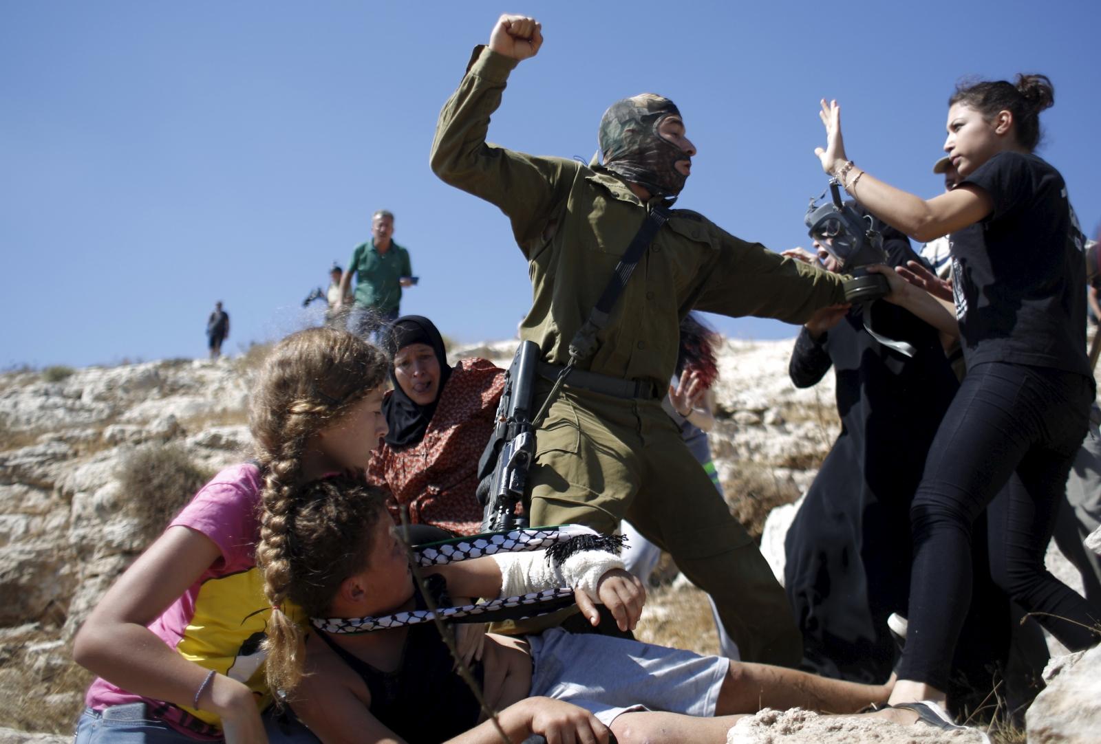 Israeli solider Palestine teenager