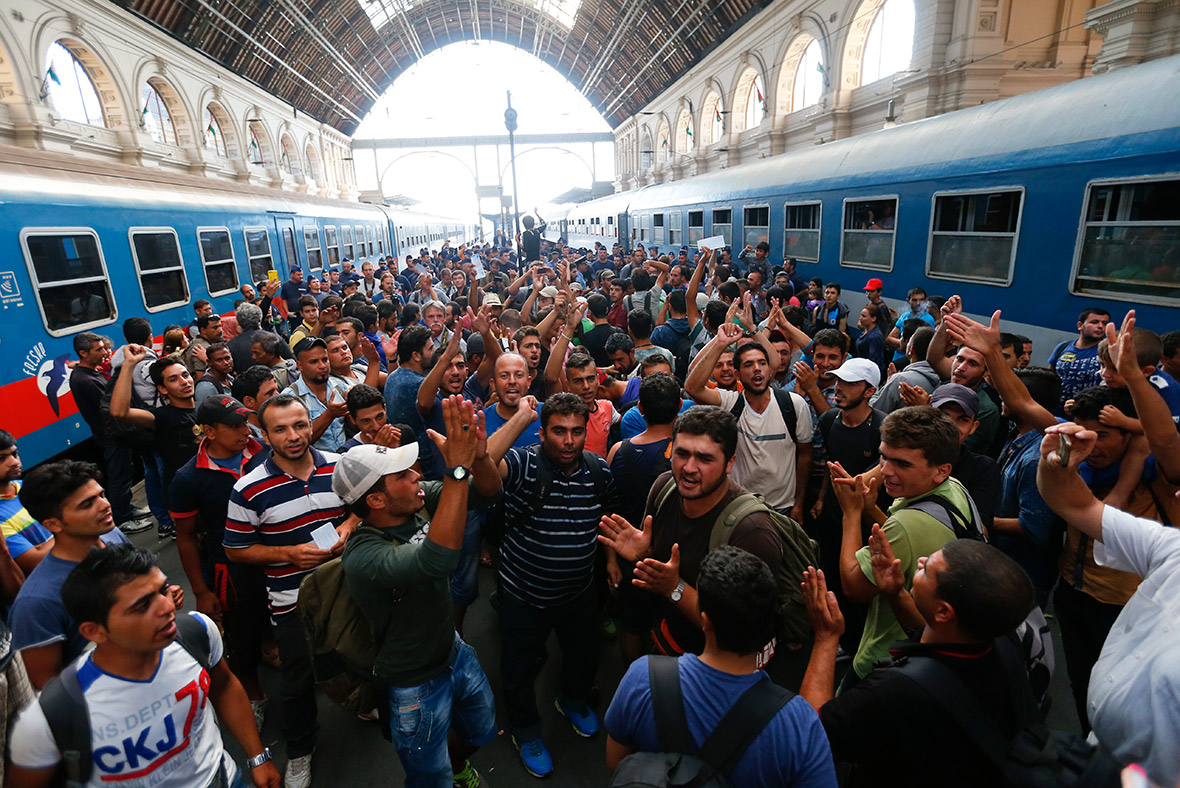 http://www.ibtimes.co.uk/eu-migrant-crisis-angry-refugees-protest-hungary-bars-them-main-train-station-1517979