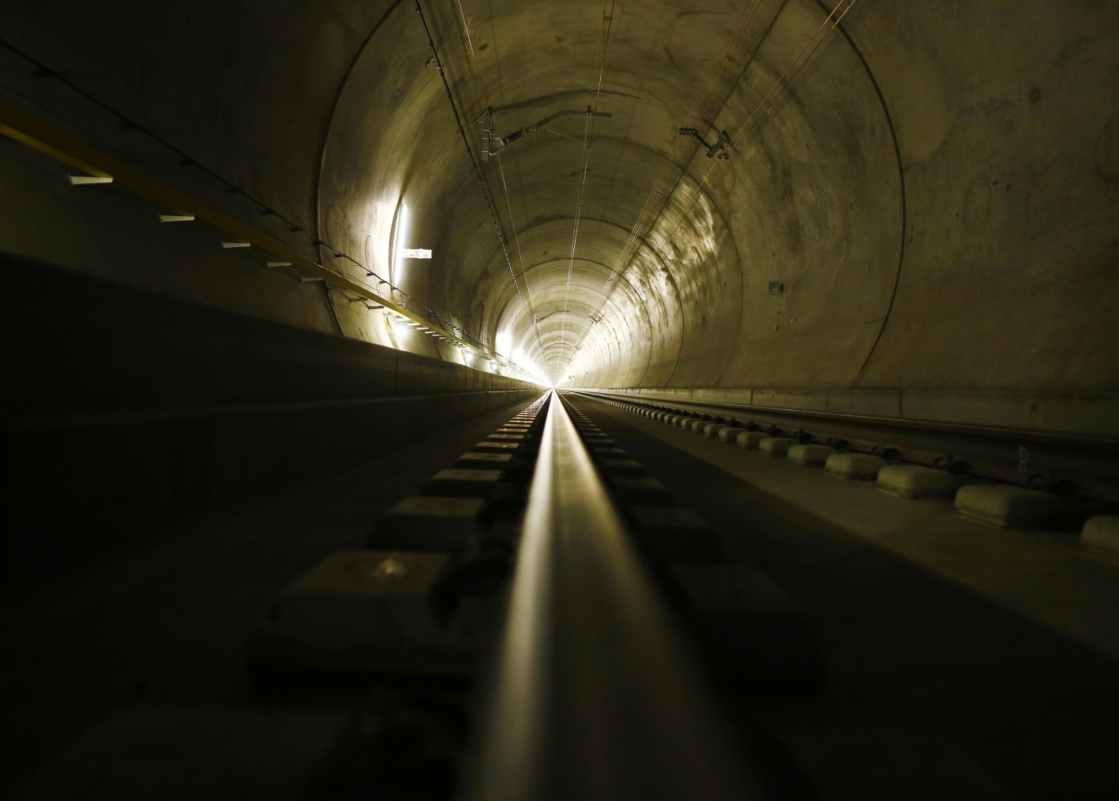 Gotthard base tunnel