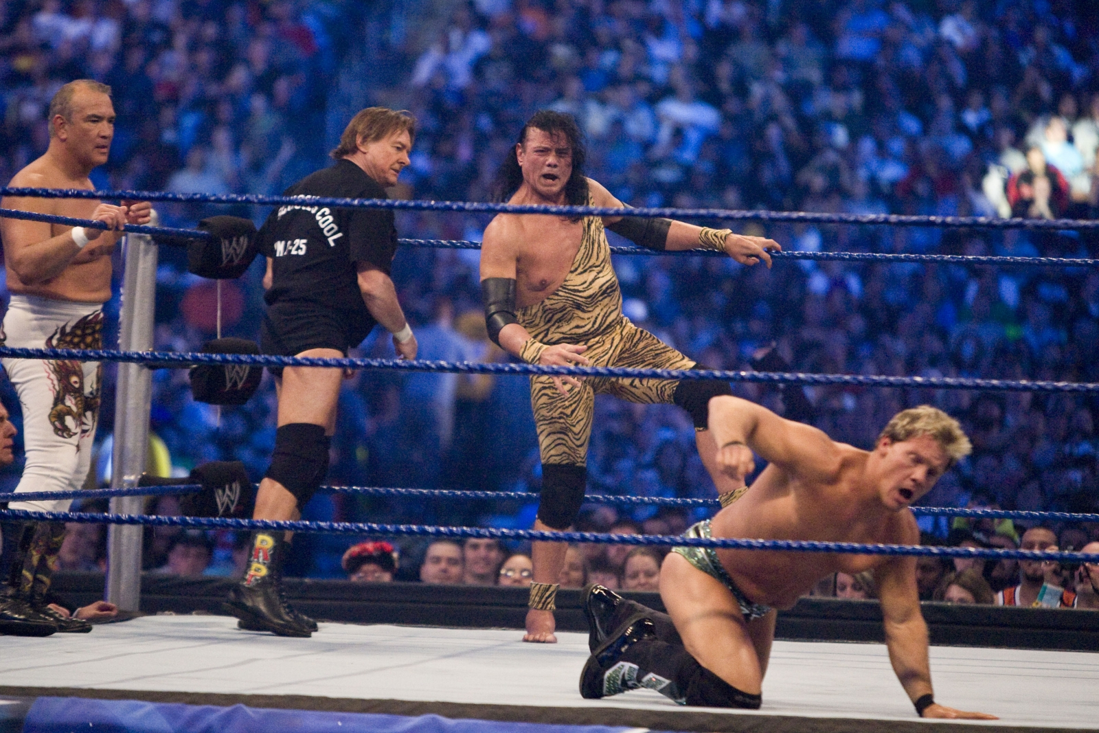 Jimmy 'Superfly' Snuka steps into the ring