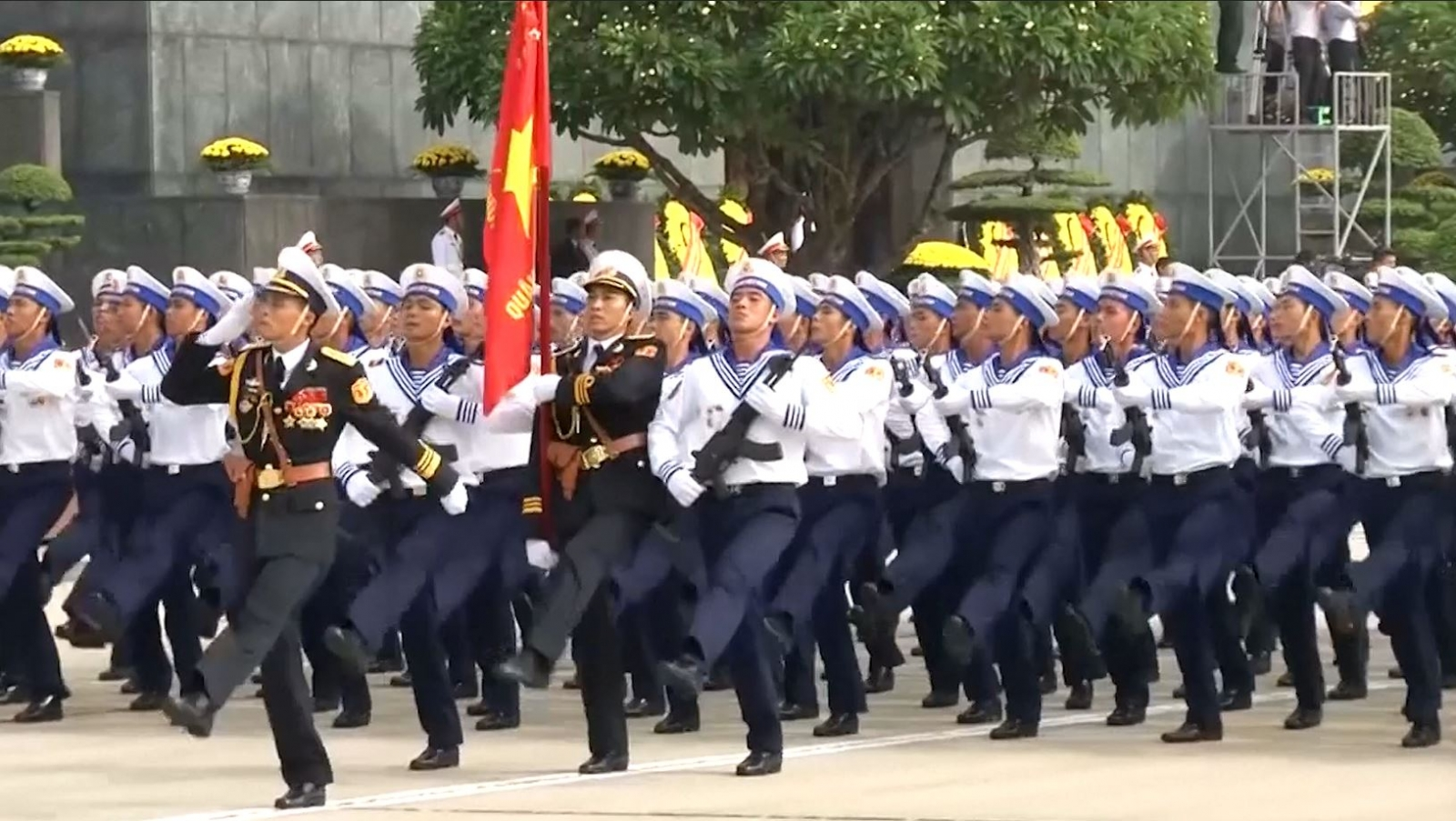 Vietnam holds military parade 70 year indepencence