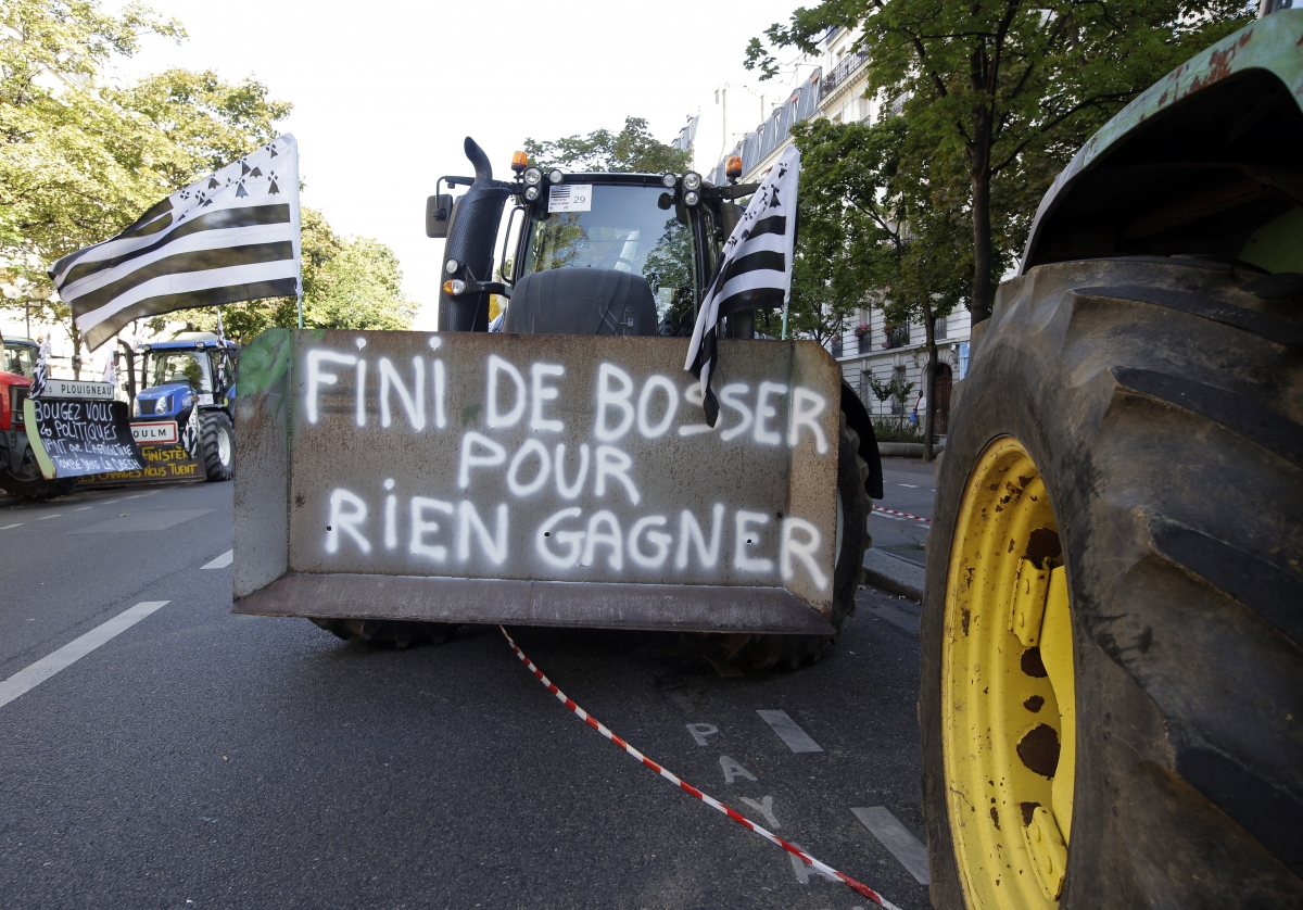 French farmers tractors protest Paris