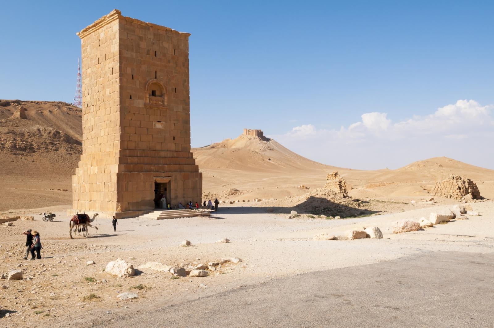 Isis destroys Tomb Tower of Elahbel Palmyra