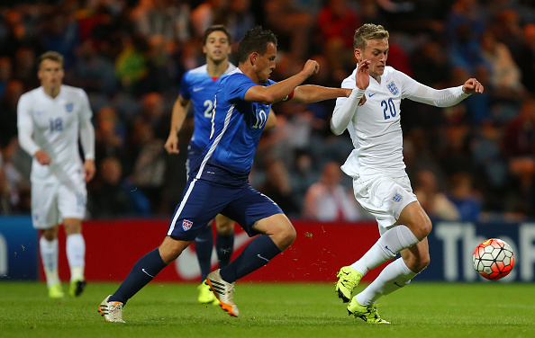 Louis van Gaal confirms James Wilson to go on loan but Manchester United will keep option to recall him