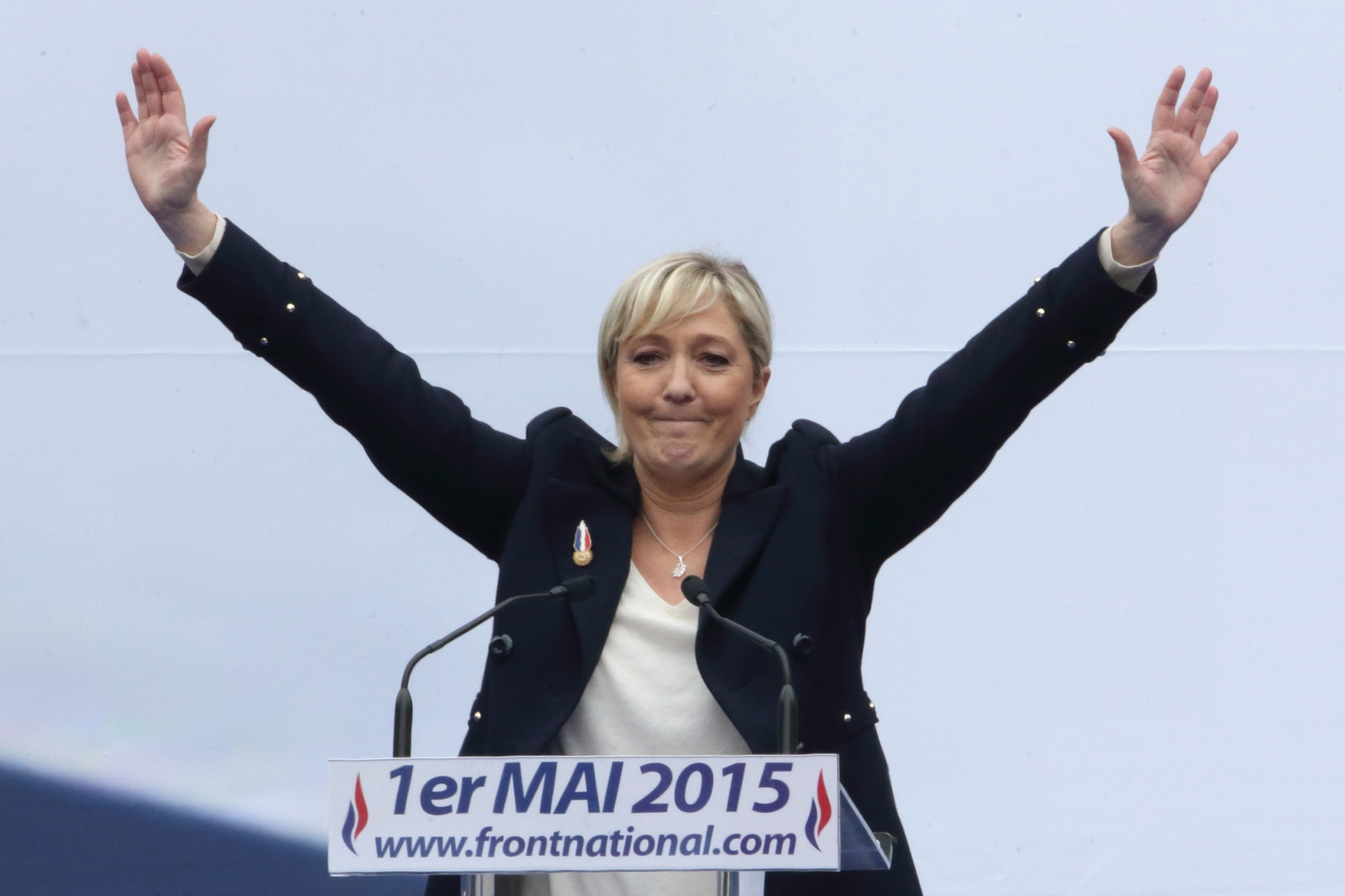 Marine Le Pen alleged fake Twitter account