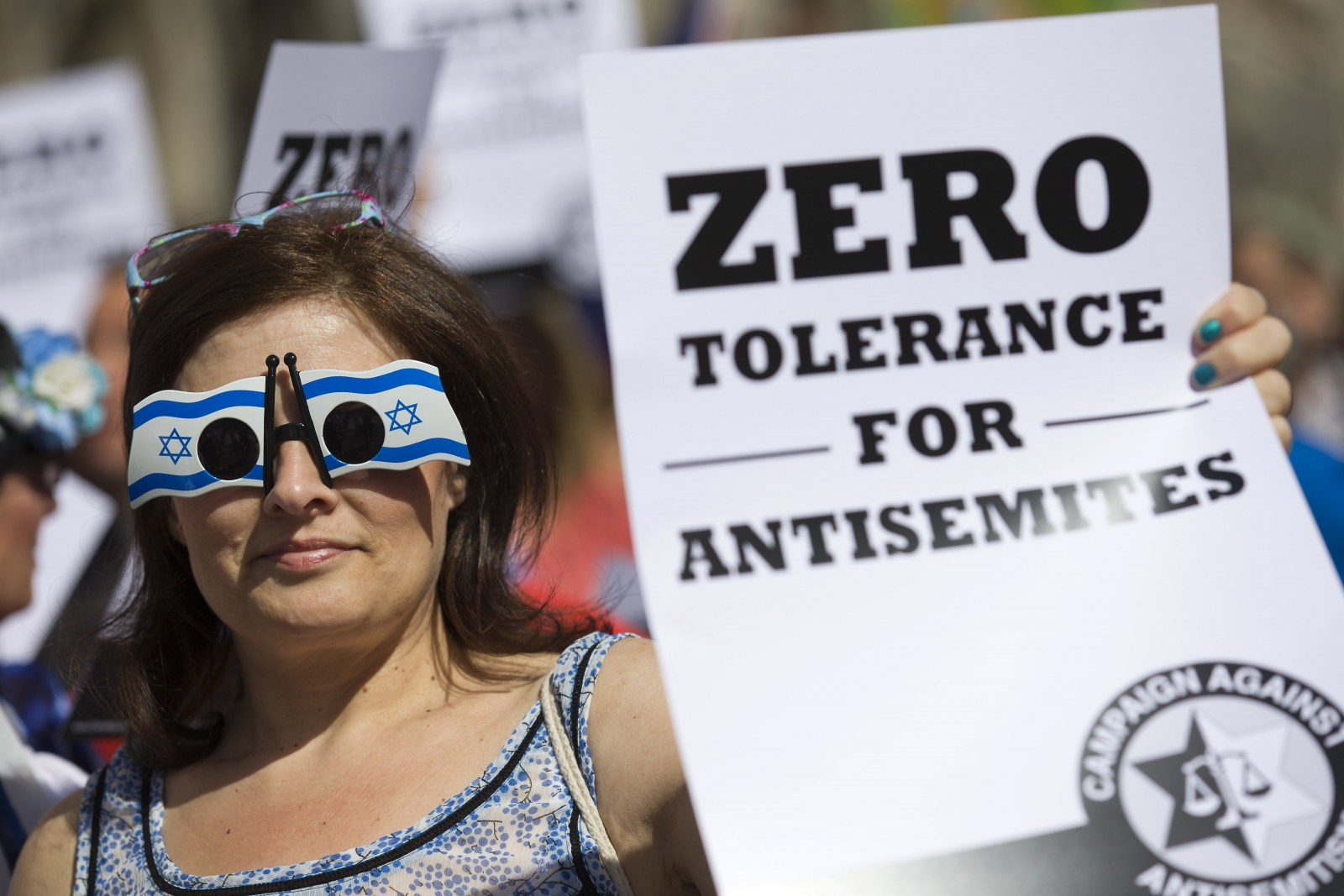 Jewish groups protest