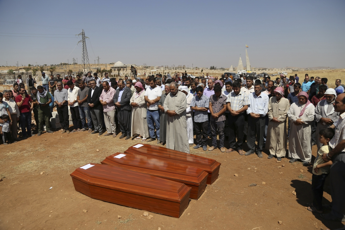 Syrian Kurds mourn in Kobane