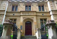 Sydney Court