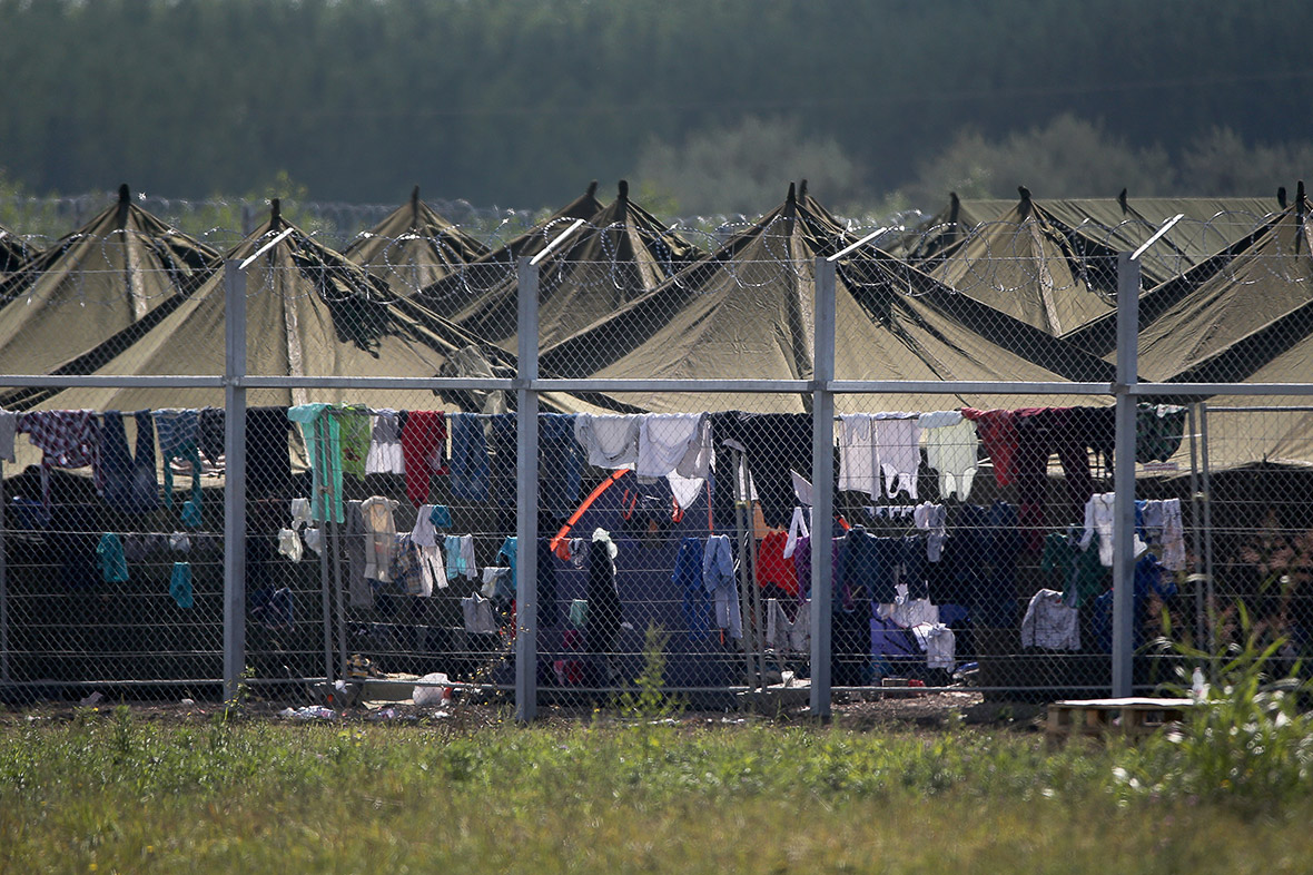 migrants Hungary
