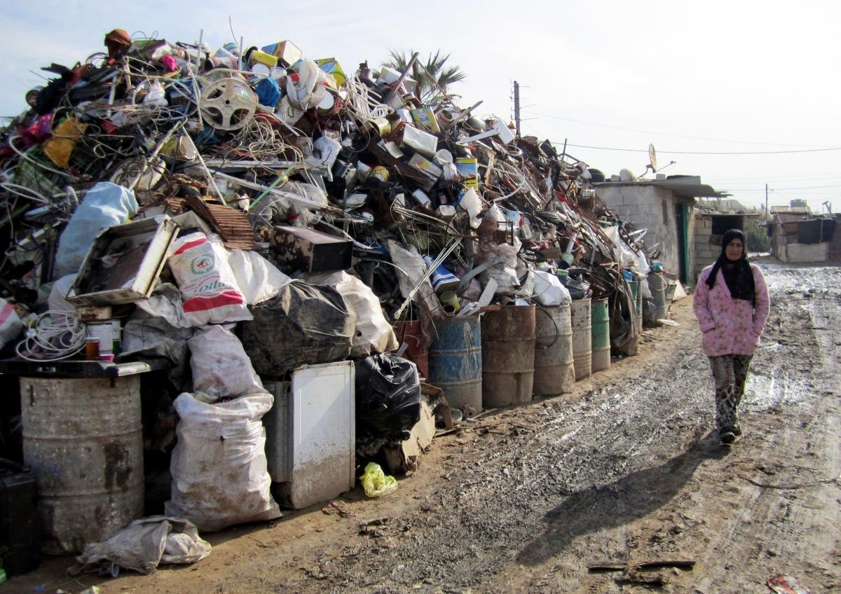 Lebanon Garbage crisis Refugees