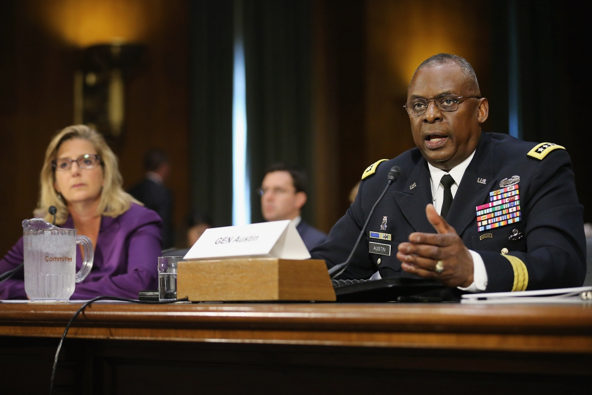 Gen. Lloyd Austin III (R), commander of U.S. Central Command, and Under Secretary of Defense for Policy Christine Wormuth