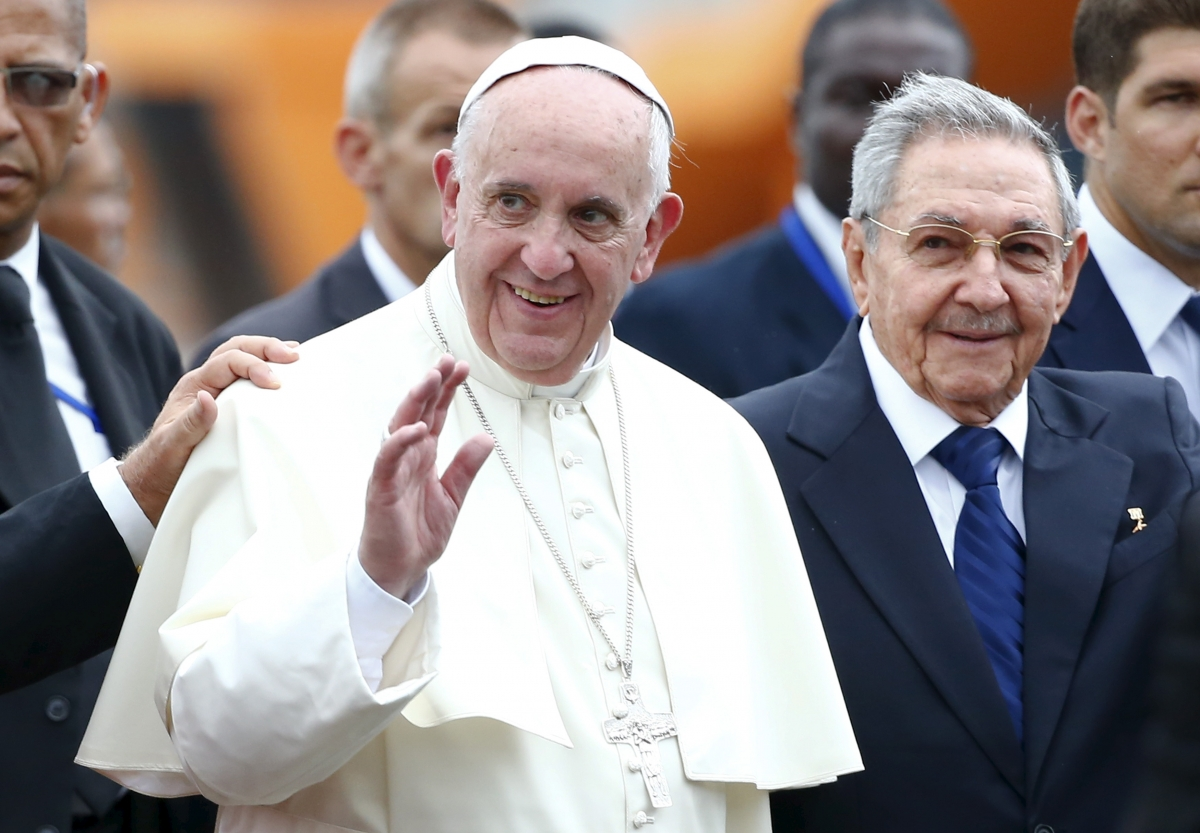 Pope Francis & Raul Castro