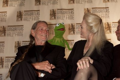 Willie Nelson and Kermit the Frog