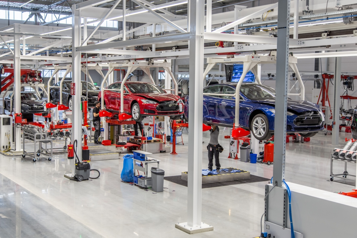 Tesla Model S production in newTilburg factory