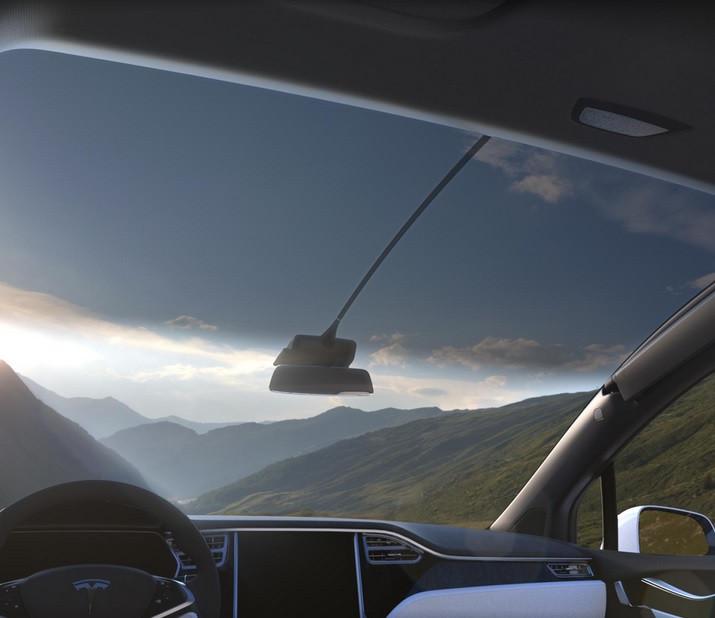 Tesla Model X windscreen