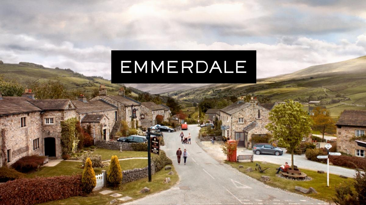 Emmerdale Recap Aaron S Father Gordon Returns Ashley