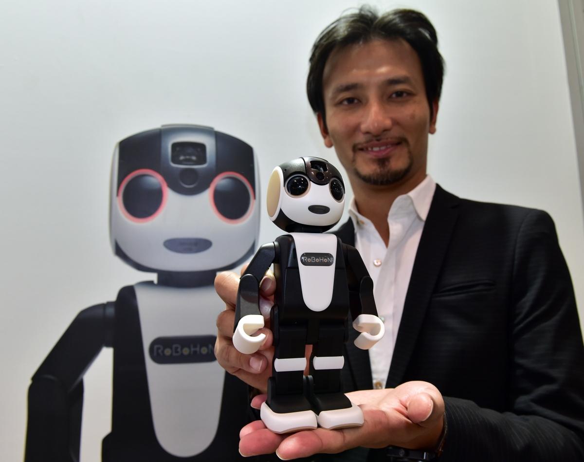 RoboHon with inventor Professor Tomotaka Takahashi