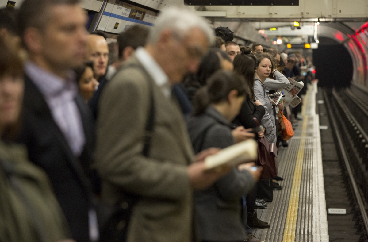 Overcrowding on Kings Cross platforms